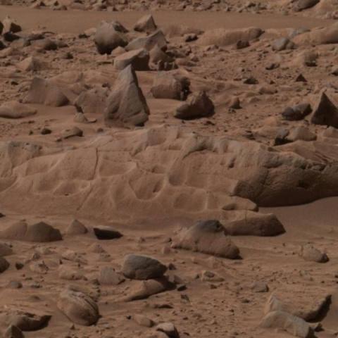 Скалы на Марсе хранят признаки жизни
