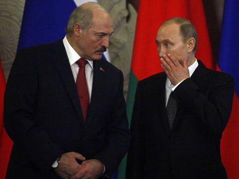 «Все равно найдем выход»: Лукашенко громко пригрозил России