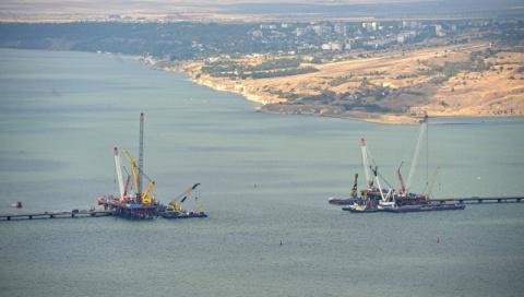 Путин: Керченский мост обеспечит интеграцию Крыма в транспортную систему