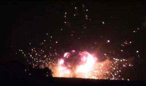 Украинские СМИ связали взрывы складов под Винницей с заметанием следов незаконных поставок оружия