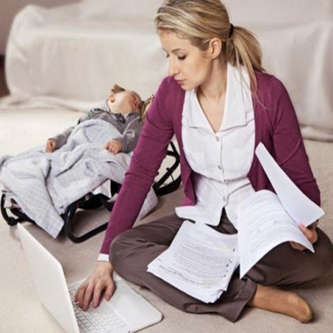 Социологи опровергли связь кризиса материнства с образованием