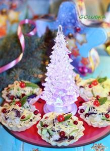 Новогодний салат с авокадо и…