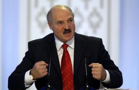 Лукашенко в отношениях с Россией и Западом пошел ва-банк