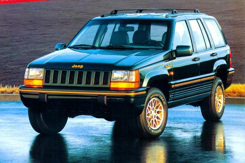 Автомобили мечты из 90-х, которые сегодня стоят копейки