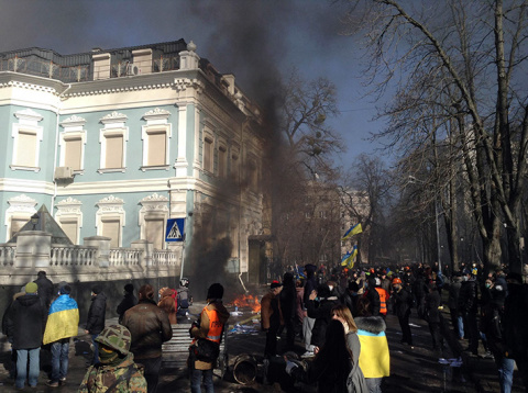 Три года назад Евромайдан начал убивать