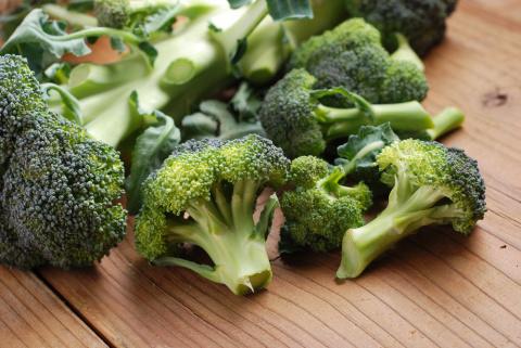 10 полезных свойств брокколи
