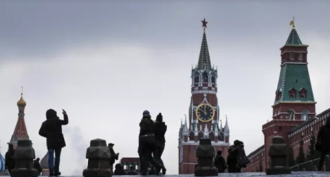 Россия не может ни ужиться с…