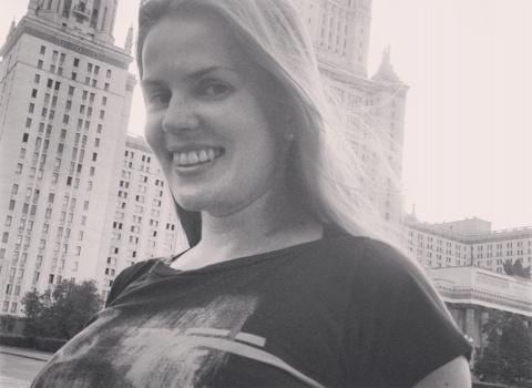 Сеть быстро сбила спесь с московской секс-блогерши, высмеявшей провинциалок