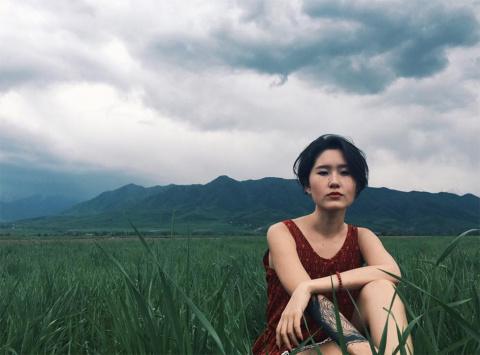 Дочь президента Киргизии родила сына