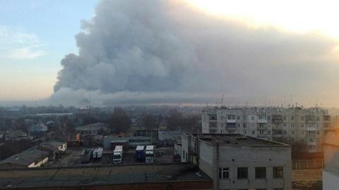 Зачем Петр Порошенко поджог склады с боеприпасами?