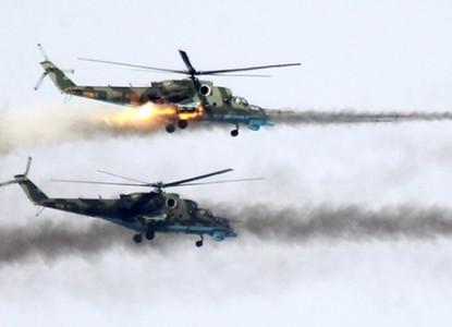 Ударные вертолеты Ми-35 ВКС РФ наносят град ударов по боевикам США