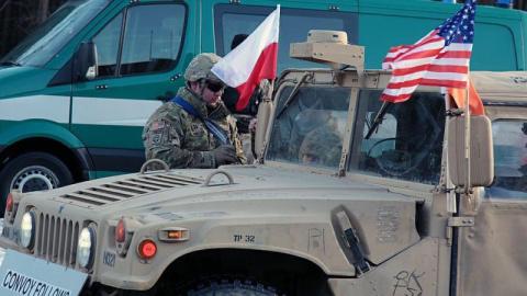 Тысяча солдат США прибудут в…