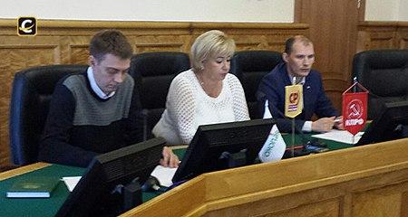 """Эсеры, коммунисты и """"яблочники"""" Заксобрания Карелии объединились в оппозиционный блок"""