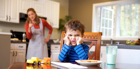 Суровое детство: почему стра…
