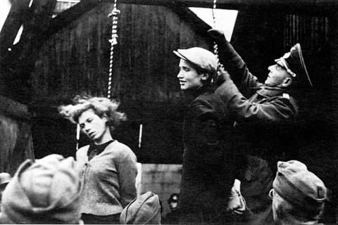 """Из показаний немецких военнопленных. Защитникам мальчика """"который нервничал и случайно покаялся"""""""