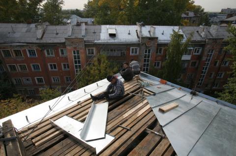 Чиновники выставили жителям счет за оплаченный из бюджета ремонт крыши