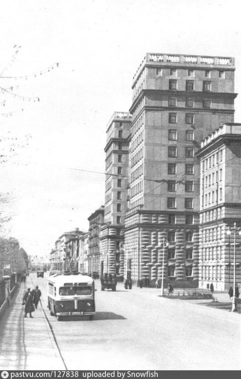 Ленинград. Высотка на Кузнец…