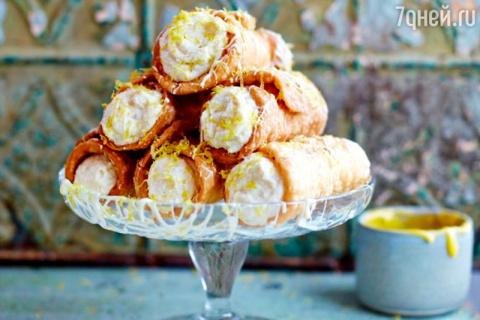 Сицилийский десерт «Канноли»…