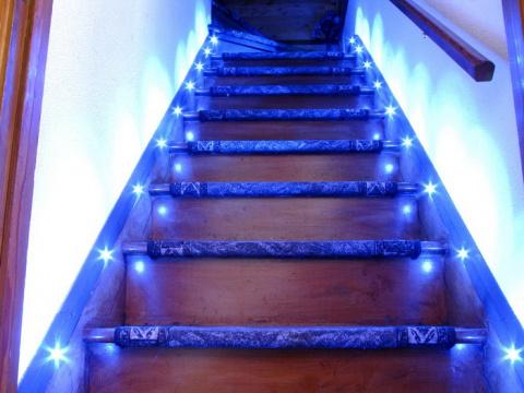 Светодиодная подсветка в интерьере!