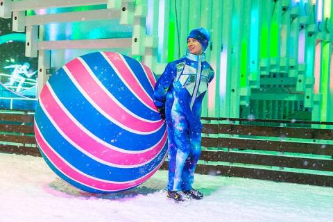 Погонять мяч на льду: Всемирный день футбола пройдет на катке ВДНХ