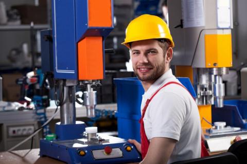 Почему быть рабочим – непрестижно?