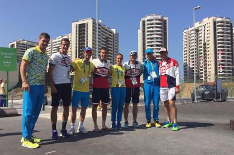 Ватники-олимпийцы подружились с вышиватниками