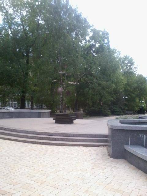 Донецк – «счастье для всех, даром…»