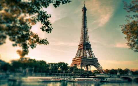 Французский таможенник сдела…