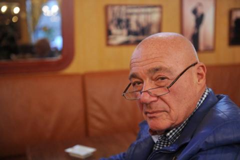 Владимир Познер: Сидите и по…