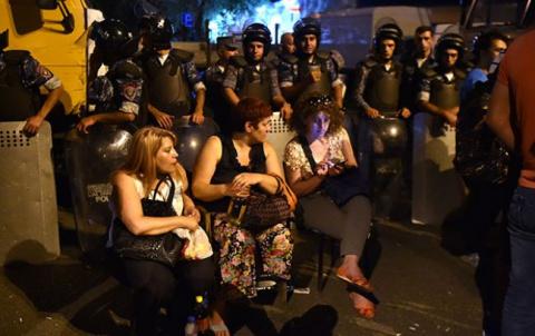 Майдан в Ереване: о связи с Турцией и причастности НАТО