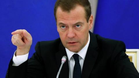 СМИ: Медведев осадил Поклонскую