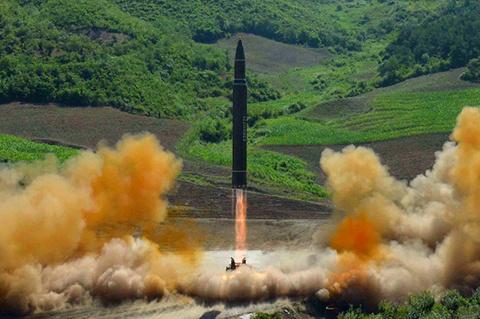 Под знаком Марса. К чему приведет КНДР запуск угрожающей США баллистической ракеты