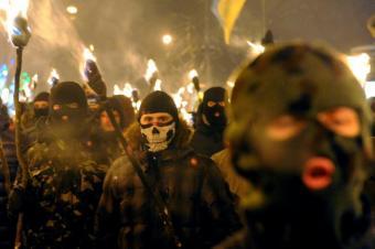 «Правосеки» требуют от Киева…