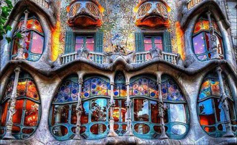 Дом Бальо в Барселоне – шедевр Антонио Гауди