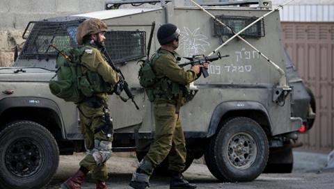 Израиль закрывает границу с …