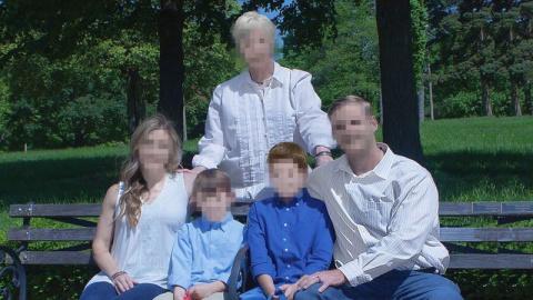 Американка заплатила $250 за самую страшную семейную фотосессию в её жизни