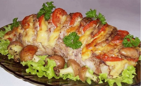 """Мясо """"Гармошка"""" - вкуснятина неописуемая! Готовится легко и смотрится оригинально!"""