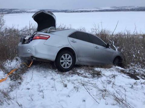 СМИ: Автомобиль с Савченко слетел с дороги под Одессой