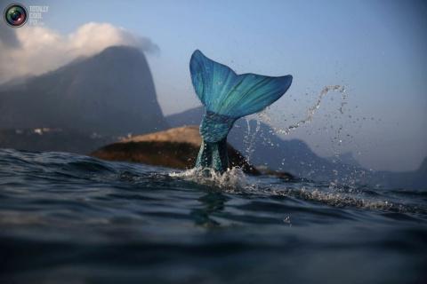 Где живут русалки: как бразильянки перевоплощаются в мифических существ