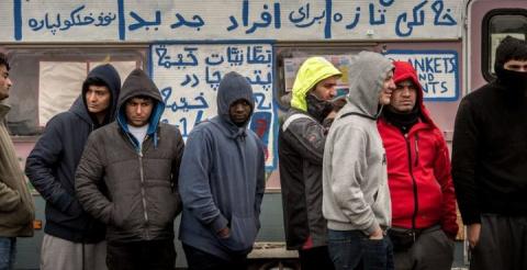 Олланд и проверка мигрантами