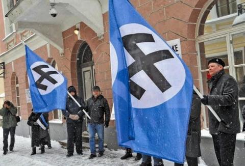 Киев учится у Таллина, а вместе они — у Гитлера. Димитрий Кленский