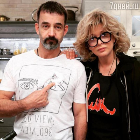 Постаревший Дмитрий Певцов с…