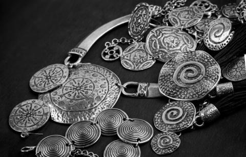 Древние приметы о серебре