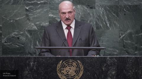 SZ: ЕС ценит Лукашенко за непризнание «аннексии Крыма» и «дистанцию» с РФ