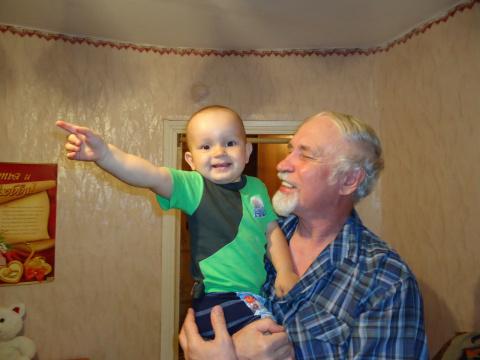 Мы пойдем другим путем! С внуком Кирюшой.