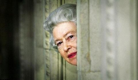 Королева Елизавета предупреж…