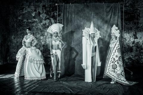 Бумажные свадебные платья Ас…