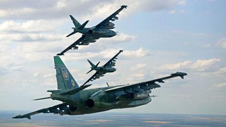 Порошенко теряет связь с реальностью: ВСУ могут применить авиацию над Донбассом