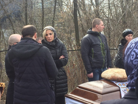 Илья Пономарёв у гроба Ворон…