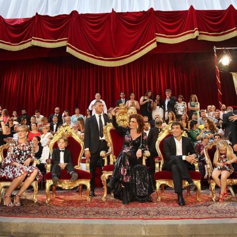 Закрытый показ Dolce & Gabbana Alta Moda в Неаполе